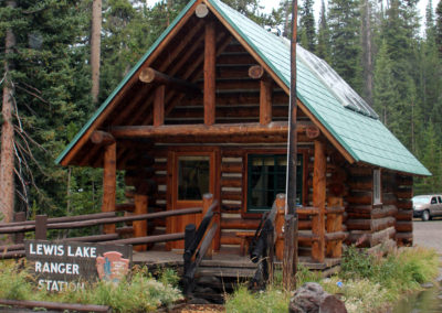 Lewis Lake Ranger Station